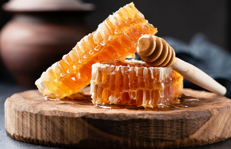 Honig wird auch in der targditienellen Medizin verwendet